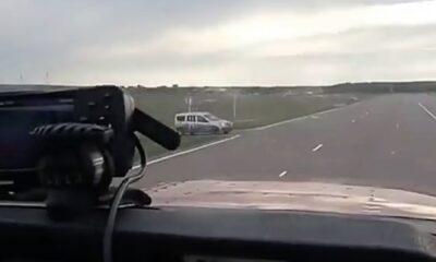 PLN 0001 Plane almost hit car during landing