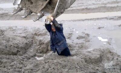 man drowned in mud