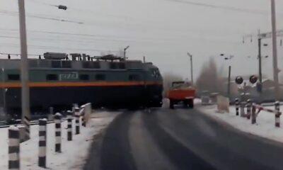 CRS 0016 Train crash with broken truck
