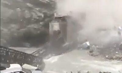 NAT 0002 Rock slide destroy bridge
