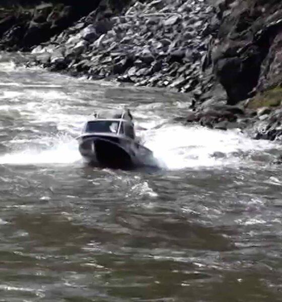 RU 0113 boat fail at river
